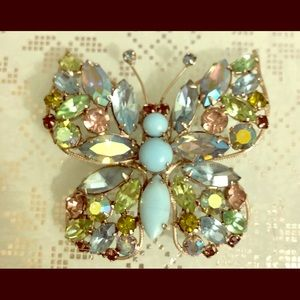 💖Stunning 1960's Butterfly Brooch 🦋